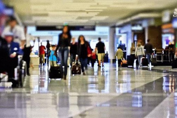 Tại sao giá vé máy bay liên tục thay đổi theo thời gian?
