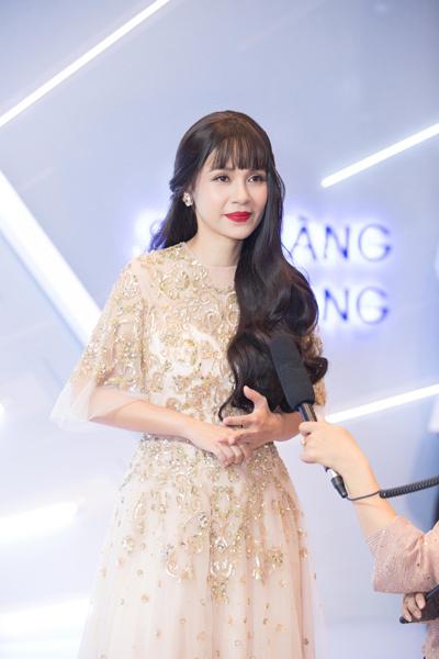 Bí kíp 'hack tuổi' của nữ đạo diễn Việt Trinh