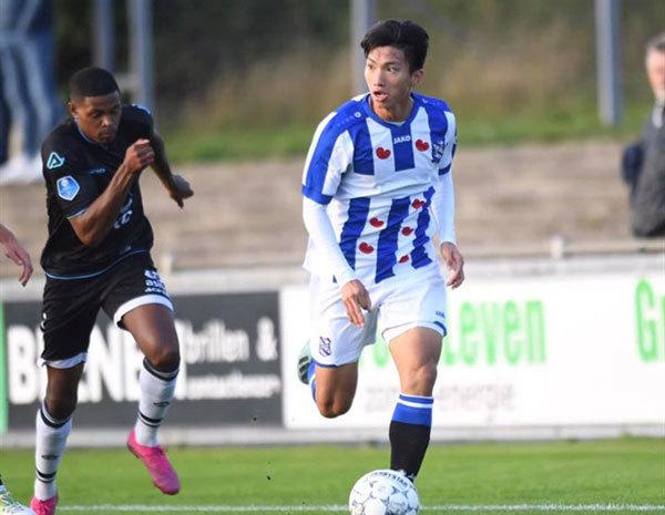 Defender Doan Van Hau voted V.League 1's best young player