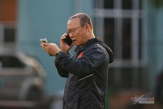 HLV Park Hang Seo nhận tin vui trước trận đấu với UAE