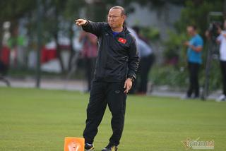 HLV Park Hang Seo: 'Tôi sẽ đưa bóng đá Việt Nam lớn mạnh hơn nữa'