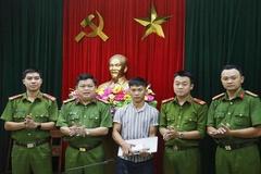 Công an Đà Nẵng trả lại hơn 75 triệu cho người đánh rơi