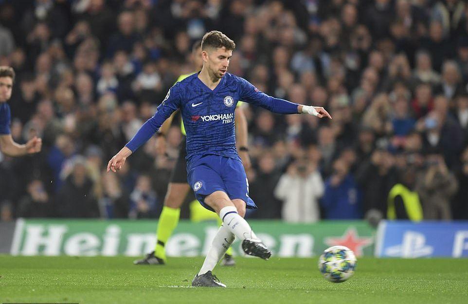 Chelsea thoát thua Ajax khó tin dù bị dẫn trước 3 bàn