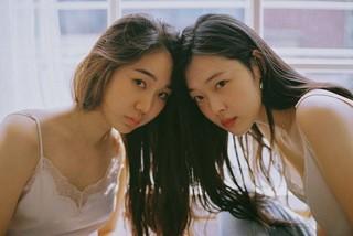 Cặp đồng tính nữ châu Á: 'Tình yêu của chúng tôi không có tương lai'