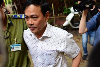 Bị y án 18 tháng tù, Nguyễn Hữu Linh mất bình tĩnh