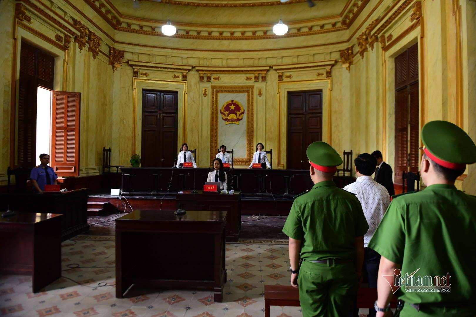 Nguyễn Hữu Linh,dâm ô,sàm sỡ bé gái,dâm ô trẻ em
