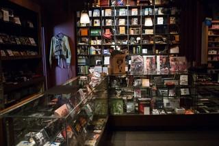Cửa hàng ma thuật lâu đời ẩn mình giữa lòng New York