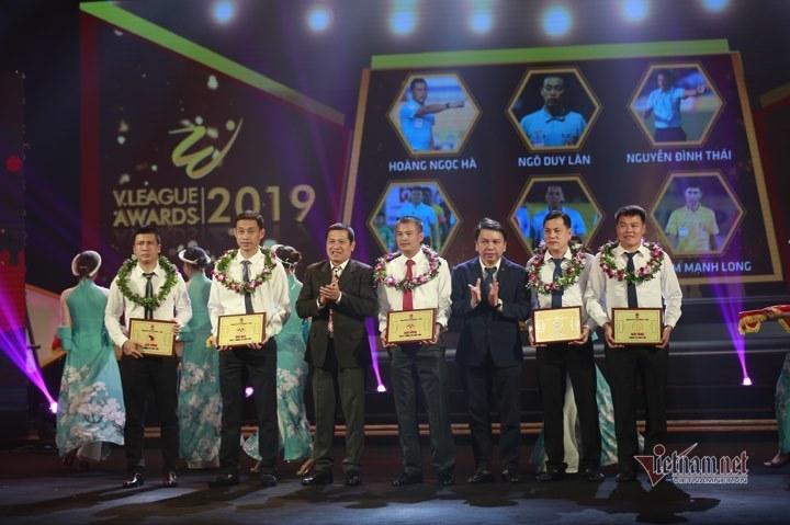 Quang Hải,V-League,Văn Quyết