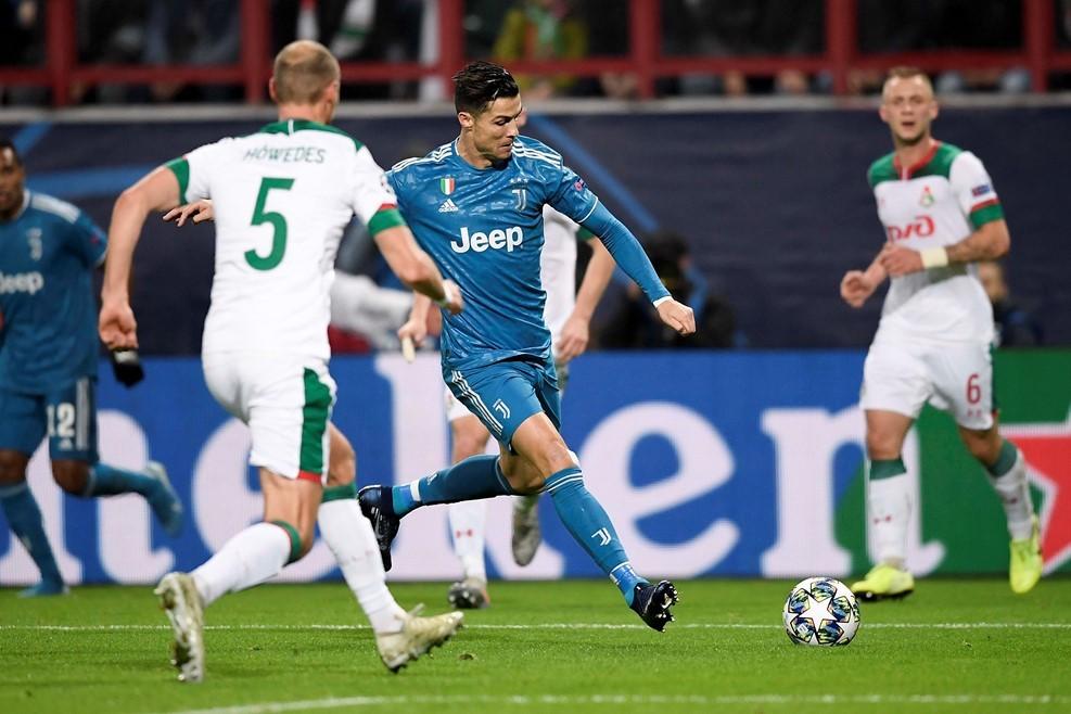 Ronaldo bị 'cướp' bàn thắng, Juventus thắng nghẹt thở