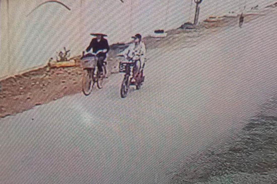 Vụ bà nội sát hại cháu: Camera ghi cảnh 2 bà cháu đi ra đập nước