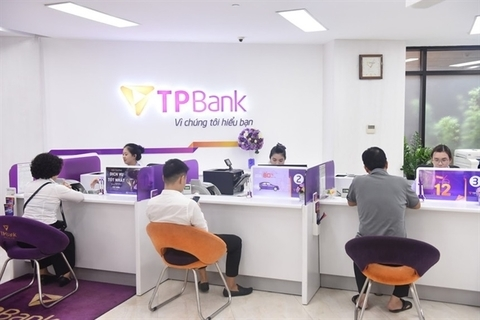 TPBank first bank to apply blockchain in money transfer
