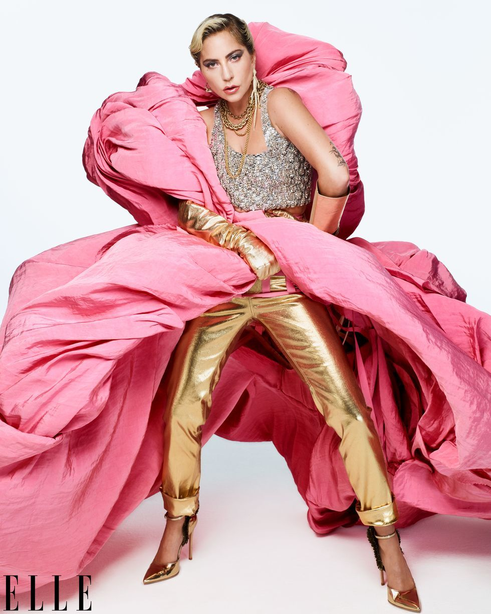 Lady Gaga thừa nhận 'dàn dựng' màn diễn tình cảm với Bradley Cooper