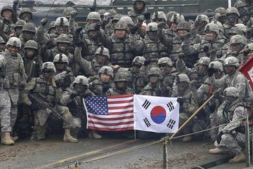 """Tiết lộ số tiền """"khủng"""" Mỹ đòi Hàn để duy trì quân bảo vệ"""