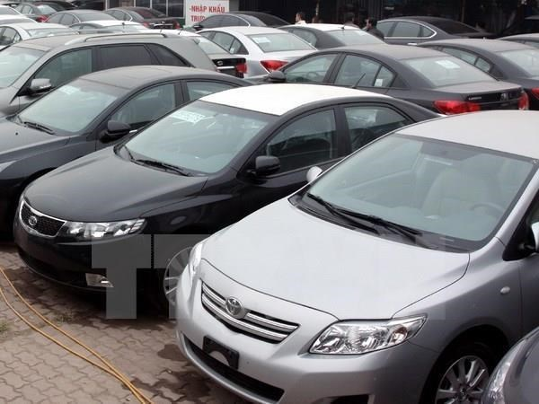 Vietnam imports 120,000 cars in ten months