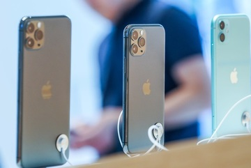 iPhone11 selling well in Vietnam