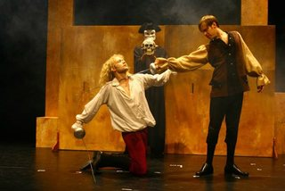 European director stages Shakespeare's play in Hanoi