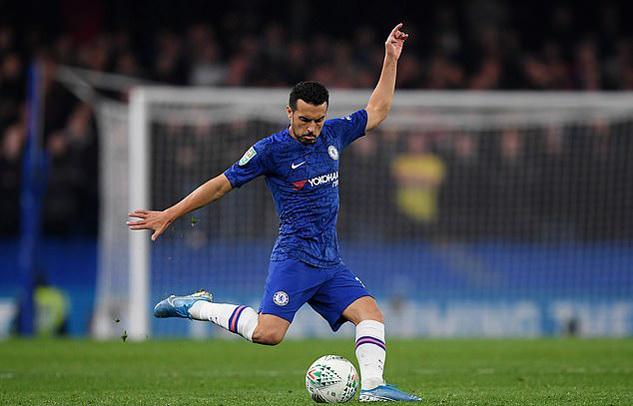 Chelsea tống khứ hai 'ông kễnh' Giroud và Pedro