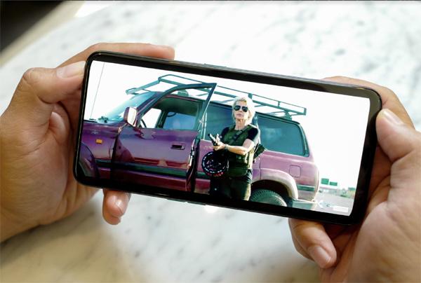 smartphone,điện thoại thời trang,chuyên gia selfie