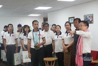 Đoàn báo chí Campuchia thăm 'mái nhà chung' của làng báo TP.HCM
