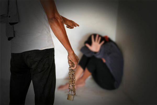 Hành trình đẫm nước mắt của cô gái bị bắt cóc làm nô lệ tình dục ở Anh