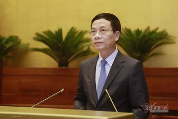 Quốc hội chất vấn Bộ trưởng TT&TT Nguyễn Mạnh Hùng