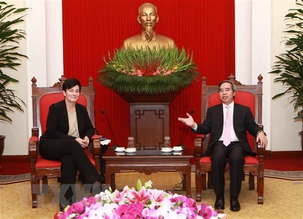 IFC, ADB pledge to continue support for Vietnam