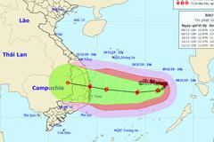 Bão số 6 di chuyển dị thường, ảnh hưởng 7 tỉnh miền Trung