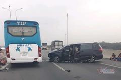 Ô tô đâm dải phân cách trên cao tốc Long Thành, 3 người bị thương