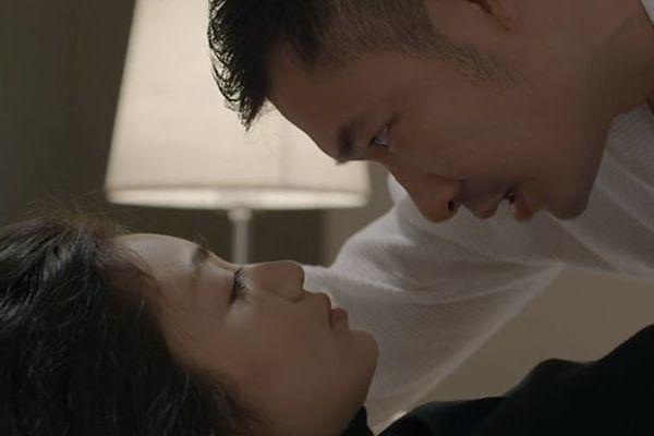 Trọng Nhân 'Hoa hồng trên ngực trái' sợ chồng Diệu Hương ghen
