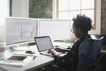 10 nghề nghiệp nếu tiếp tục bám đuổi, sẽ có nguy cơ mất việc vào năm 2026