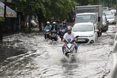 Antiflooding system in HCMC remains ineffective