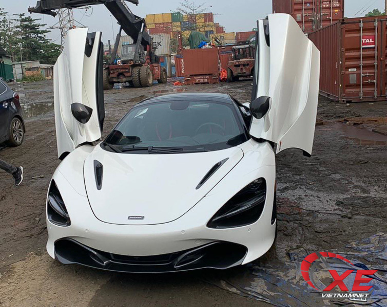 Siêu xe McLaren 720S giá 27 tỷ cao cấp nhất của đại gia Đà Nẵng về nước