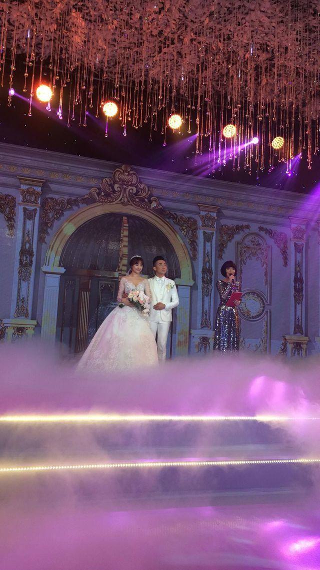 Những quy định đặc biệt trong đám cưới của 'sao' Việt