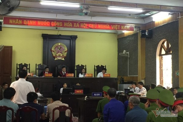 gian lận thi cử,thi THPT quốc gia,kỷ luật cán bộ,Sơn La
