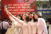 Hân hoan ngày trở về 50 năm Trường THPT Chuyên Ngoại ngữ
