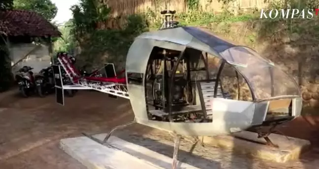 Ngán ngẩm cảnh tắc đường, người đàn ông tự chế tạo trực thăng