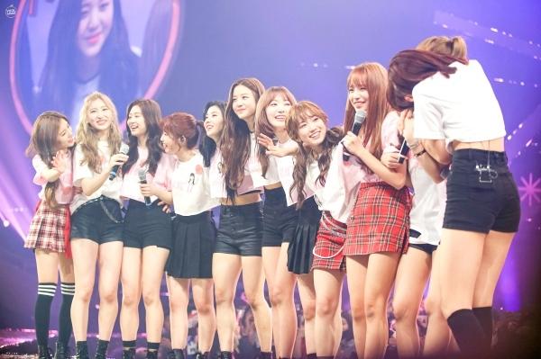X1,IZ*ONE,AB6IX,Apink,T.O.P,Lee Hongki,SuperM,MONSTA X,RED VELVET,Yeo Jin Goo