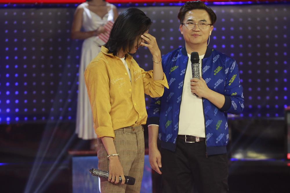 Phạm Quỳnh Anh đòi xóa số điện thoại của Trấn Thành vì 'thù cũ'