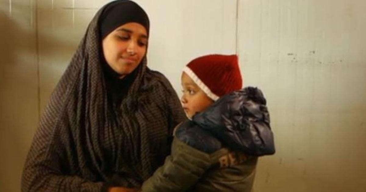 Lời khẩn cầu vô vọng của cô dâu IS tự nhận công dân Mỹ