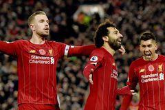 """Đè bẹp Man City, Liverpool """"vô đối"""" Ngoại hạng Anh"""