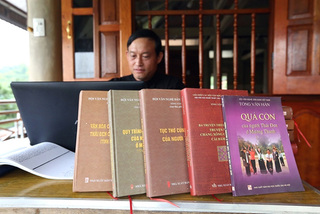 Researcher devotes 20 years to preserving Black Thai culture