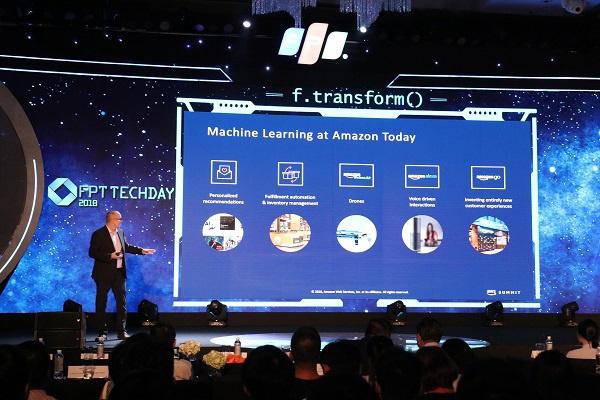 Trải nghiệm trợ lý ảo AI, xe tự hành… tại FPT Techday 2019