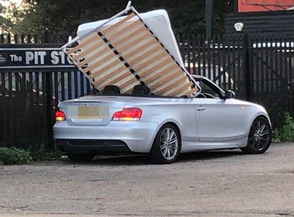 xe mui trần BMW,BMW,nữ tài xế
