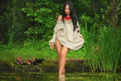 Vẻ đẹp trong trẻo và quyến rũ của thiếu nữ Ukraina