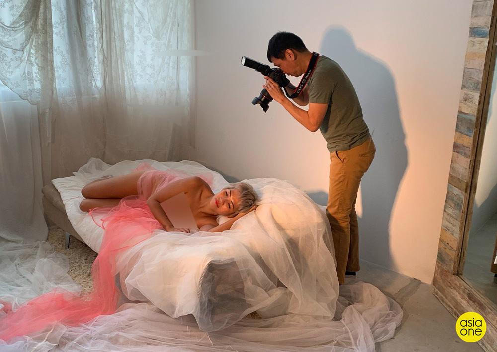 Những lần xúc động của nhiếp ảnh gia 13 năm chụp ảnh khỏa thân