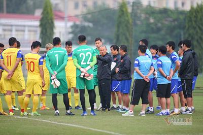 Thầy Park có cách thắng UAE, tuyển thủ Việt Nam từ chối tiết lộ