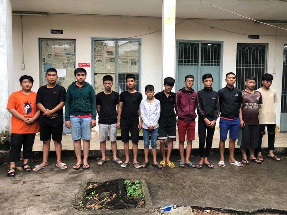 Hỗn chiến băng nhóm ở Sài Gòn, đối tượng cầm đầu chỉ 15 tuổi