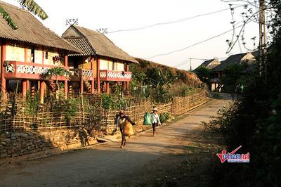 NTM: Hoàn thành tiêu chí 19, làng quê bình yên, an ninh đảm bảo