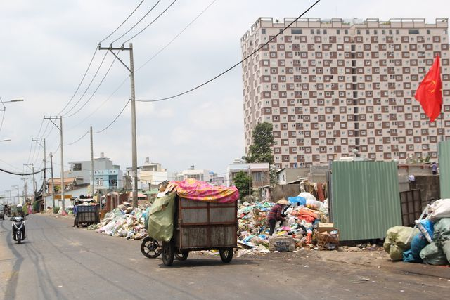 HCM City faces rubbish collecting difficulties