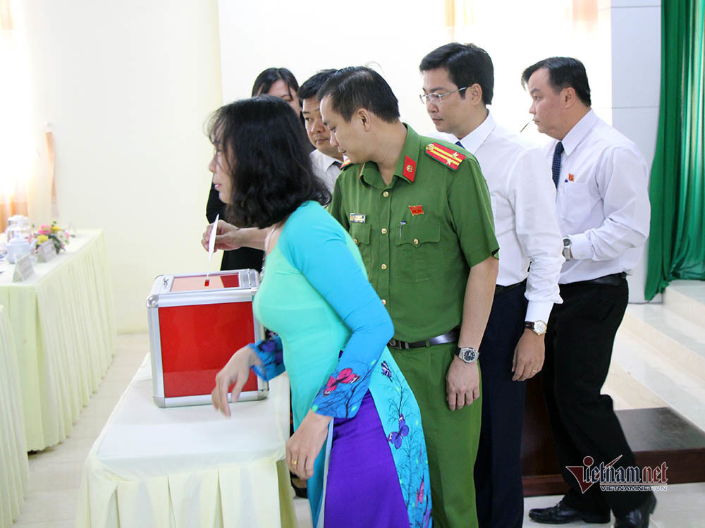 Quận trung tâm Cần Thơ có tân Chủ tịch và Phó chủ tịch cùng 39 tuổi